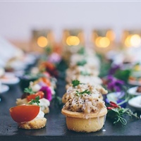 Finding the best caterers to serve your guests